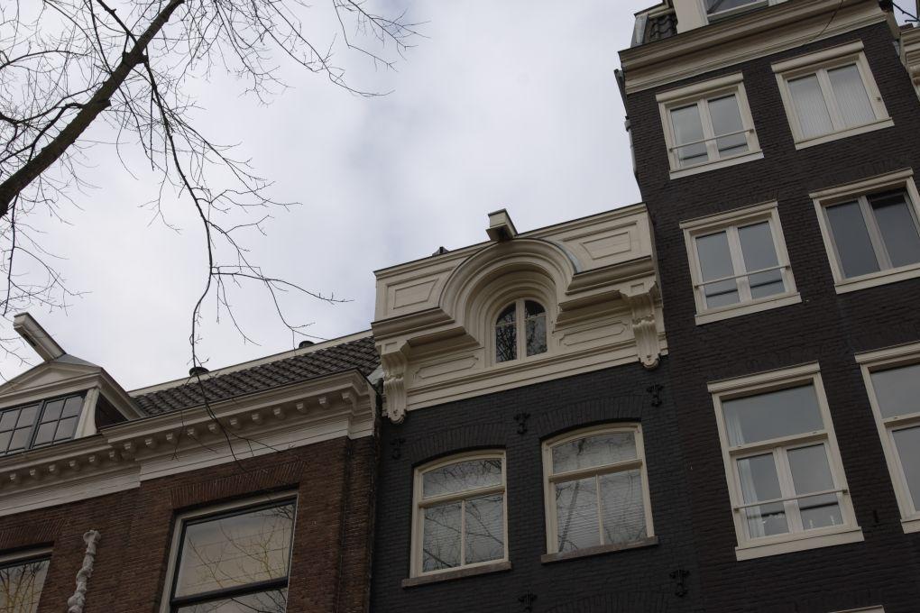 Dak renovatie monumentaal pand te Amsterdam.