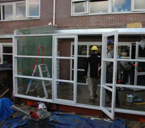 Aanbouw in Velserbroek.